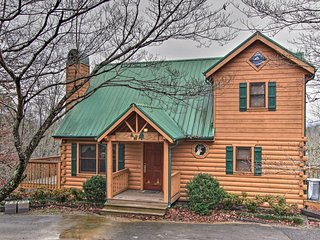 NEW! Pigeon Forge Cabin w/Hot Tub & Entertainment!