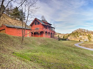 Vilas 'High Country Cabin' w/ Sweeping Views!