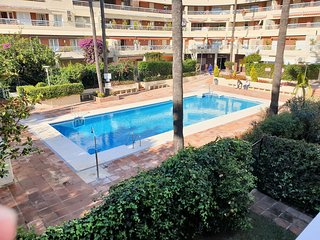 Spacious 3 Bedroom 2nd Line Beach Apartment Marbella Centre