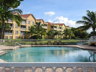 Bella Lago 224 -  Free WiFi, Large Balcony & Resort Pool