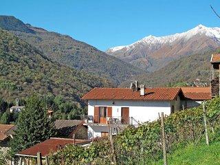 4 bedroom Villa in Peglio, Lombardy, Italy - 5719216