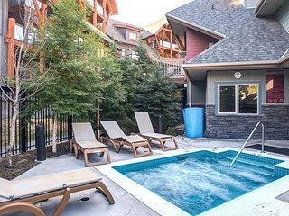 Spacious Condo + Fireplace | Outdoor Hot Tub + Heated Outdoor Pool