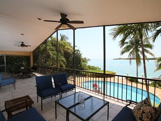 Forever Sunset 5bed/3bath open water views with pool & dockage
