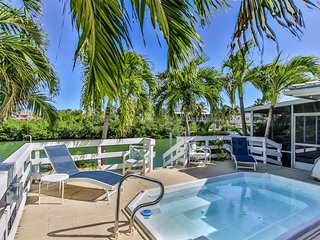 Bougainvilla 3 Bed 3 Baths with Swim Spa dockage