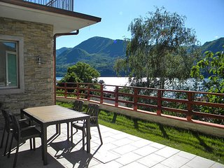 2 bedroom Apartment in Omegna, Piedmont, Italy - 5440935