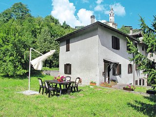 2 bedroom Villa in Calceranica al Lago, Trentino-Alto Adige, Italy - 5440675