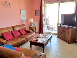 Spacious house in Badolato Marina with Parking, Washing machine, Air conditionin
