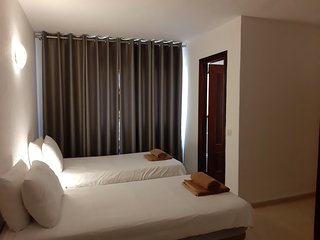 Twin Room 2 with en Suite Shower, 100m from Beach, Centre of La Cala de Mijas
