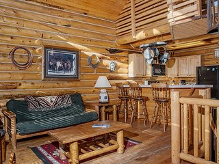Jackson Hole Adventure Townhouse – Near Hiking, Restaurants & Nightlife