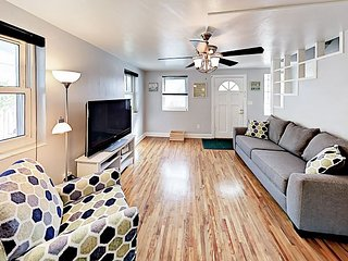 Remodeled Duplex in Hyde Park w/ Sun Porch & Large Yard