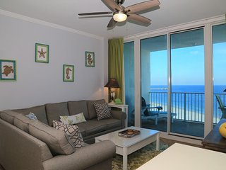 Aug/Sept SALE / REMODELED, New Furnishings Lighthouse 1017 AWESOME CONDO Beachfr