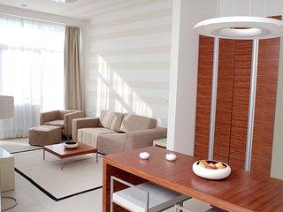 2-Raum-Apartment inkl. WLAN, Reinigungsservice und Stellplatz vor dem Haus