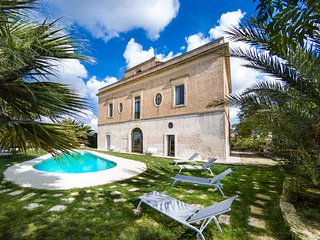 6 bedroom Villa in Collepasso, Apulia, Italy - 5744058