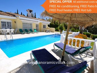 4 bedroom Villa in Fuengirola, Andalusia, Spain - 5700562