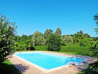 1 bedroom Apartment in Angera, Lombardy, Italy - 5715277