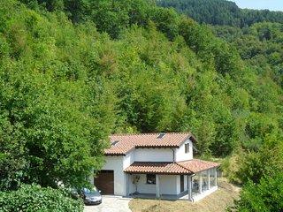 3 bedroom Villa in Irola, Tuscany, Italy - 5690571