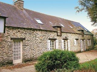 4 bedroom Villa in Bézénan, Brittany, France - 5538896