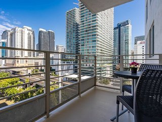 ★★★★★ 3/2 DELUXE RESIDENCES IN BRICKELL