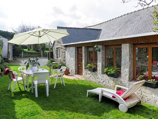 2 bedroom Villa in La Plesse, Brittany, France - 5691959