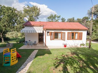 2 bedroom Villa in Banjole, Istarska Županija, Croatia - 5079238
