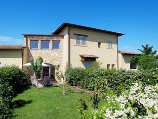 2 bedroom Apartment in San Marziale, Tuscany, Italy - 5715552
