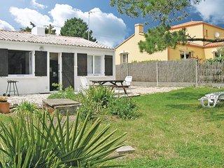 2 bedroom Villa in Les Moutiers-en-Retz, Pays de la Loire, France - 5565502