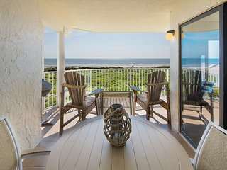 Oceanfront at Colony Reef Club with excellent views 3 bedrooms 2 bathrooms