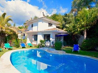 3 bedroom Villa in Fuengirola, Andalusia, Spain - 5700496