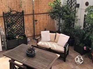 Nice little flat with garden