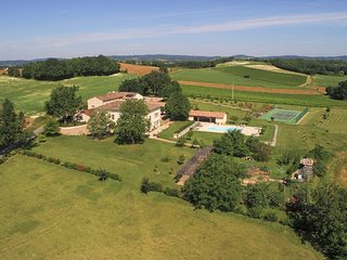 13 bedroom Chateau in Andillac, Occitania, France - 5745518