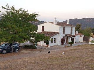 Casa Rural de acceso fácil con carretera asfaltada