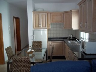 2 bedroom Apartment with WiFi - 5691380