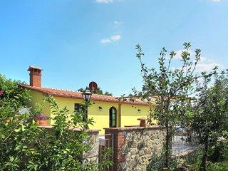 2 bedroom Apartment in Caminino, Tuscany, Italy - 5715579