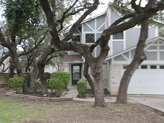 Quiet,  Convenient,  Comfortable  w/ Amenities Galore! Close to Everything!!!