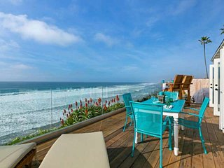 Cliffside Cottage - 3 blocks from Food, Shopping, and Moonlight Beach