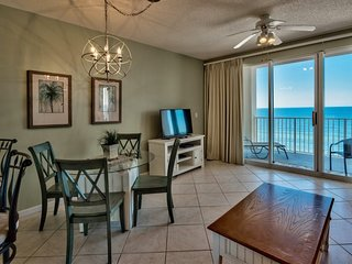 Amazing Gulf Views & Stunning Sunsets~1 Bedroom Beachfront Vacation Condo with H