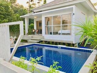 2 Bedroom Pool Villa ~ walk to beach