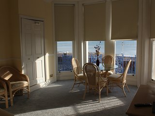 One bed seafront apartment