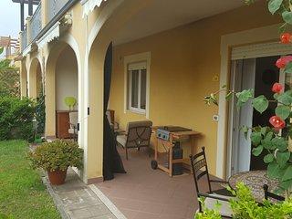 2 bedroom 2 bathroom garden apartment Pizzo Beach Club - Front line 3g