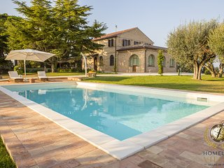 Villa Panperduto, with private pool at just 2Km from the Adriatic Sea