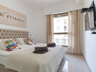 Luxury Apt/Parking/Terrace in heart of Jerusalem