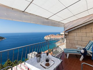 Apartment Wuthering Heights - Two Bedroom Apartment with Balcony and Sea View