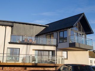 Luxury Penthouse Apartment overlooking Arbroath Harbour