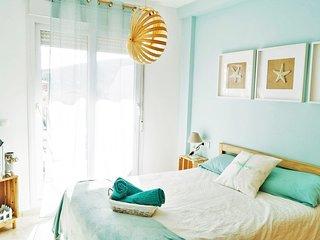 Paraiso de Mar. Precioso apartamento costero en Manilva Costa. Parking. Piscina.