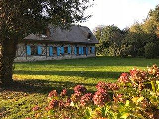 Honfleur Normandie : Chaumiere pleine de charme proche Honfleur et Deauville