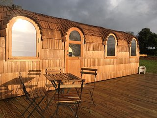 Lydcott Glamping: 'The Pasty' - luxurious glamping near Looe, Cornwall