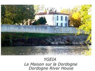 Ygeia, La 'Chambre Jaune' sur la rive gauche de la Dordogne