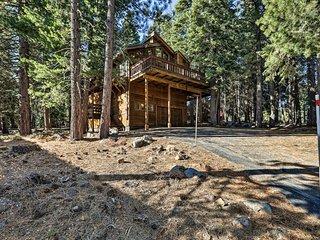 Truckee Cabin w/Deck & Tahoe Donner Amenities