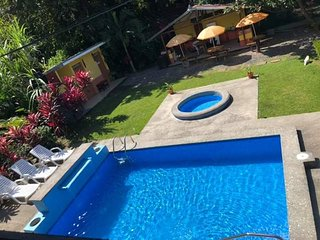 "Noah""s House Playa Herradura"
