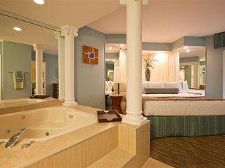 Star Island Resort Mini Suite, Sleeps 4, FRIDAY Check-In